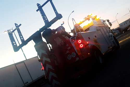 Camion de remorquage pour véhicule accidenté - Ile de France