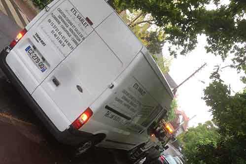 Dépannage voiture, véhicule utilitaire ou moto sur la région parisienne - AS Dépannage